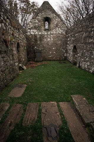 Rovine di una chiesa medievale Fonte: dalla rete